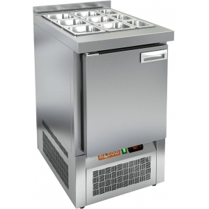 Стол холодильный саладетта, GN1/1, L0.57м, борт H50мм, 1 дверь глухая, ножки, +2/+10С, нерж.сталь, дин.охл., агрегат нижний, гнездо GN1/1, без крышки