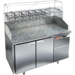 Стол холодильный для пиццы, GN1/1, L1.39м, 2 двери глухие, ножки, +2/+10С, нерж.сталь, дин.охл., агрегат справа, гранит.пов, задняя стенка нерж.сталь