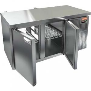 Стол холодильный сквозной, GN1/1, L1.39м, без борта, 4 двери глухие, ролики, -2/+10С, нерж.сталь, дин.охл., агрегат справа