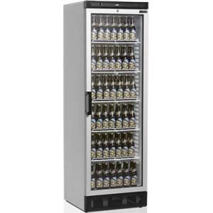 Шкаф холодильный д/напитков, 372л, 1 дверь стекло, 5 полок, ножки+колеса, +2/+10С, стат.охл.+вент., белый, R600a
