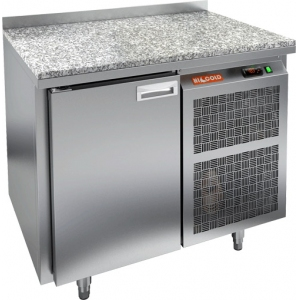 Стол холодильный, GN1/1, L0.90м, борт H50мм, 1 дверь глухая, ножки, -2/+10С, нерж.сталь, дин.охл., агрегат справа, столеш.камень, зад.стенка нерж.ст.