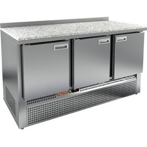 Стол холодильный, GN2/3, L1.49м, борт H50мм, 3 двери глухие, ножки, -2/+10С, нерж.сталь, дин.охл., агрегат нижний, гранит.пов.