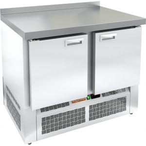 Стол холодильный, GN2/3, L1.00м, борт H50мм, 2 двери глухие, ножки,  -2/+10С, пластификат, дин.охл., агрегат нижний, столешница нерж.сталь