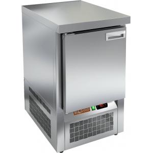 Стол холодильный, GN1/1, L0,57м, без борта, 1 дверь глухая, ножки, -2/+10С, нерж.сталь, дин.охл., агрегат нижний, усилен.cтолеш., зад.стенка нерж.стал