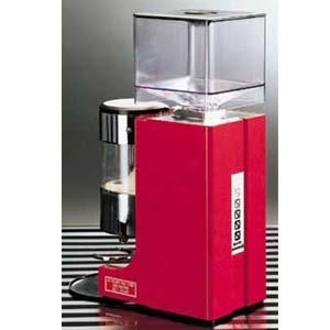 Кофемолка-полуавтомат, бункер 0.25кг, 5кг/ч, красная