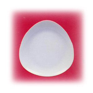 Тарелка мелкая L 27см треугольная PERA