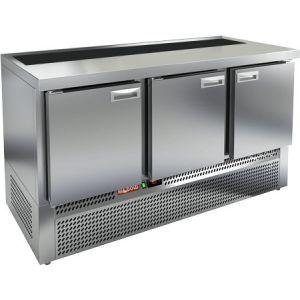 Стол холодильный саладетта, GN1/1, L1.49м, без борта, 3 двери глухие, ножки, +2/+10С, нерж.сталь, дин.охл., агрегат нижний, гнездо GN1/3, без крышки