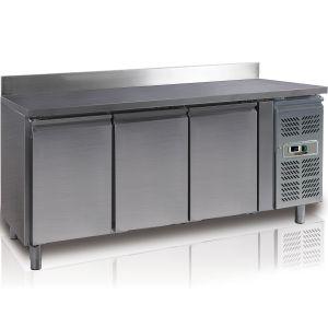 Стол холодильный, GN1/1, L1.80м, борт, 3 двери глухие, ножки, -2/+8С, нерж.сталь, дин.охл., агрегат справа