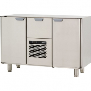 Стол холодильный, GN1/1, L1.26м, без столешницы, 2 двери глухие+1выд.секц., ножки, +2/+15С, нерж.сталь, дин.охл., агрегат центр.