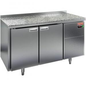 Стол холодильный, GN1/1, L1.39м, борт H50мм, 2 двери глухие, ножки, -2/+10С, нерж.сталь, дин.охл., агрегат справа, столеш.камень